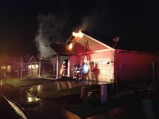 Early Morning House Fire in Cottage Grove